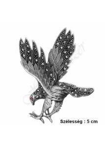 Sas madár bross markazittal, ezüst kitűző