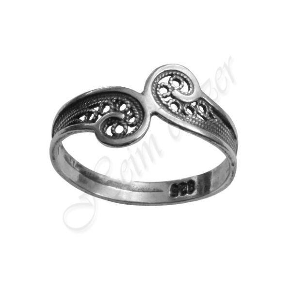Filigrán, antikolt ezüst gyűrű Heim Ékszer webáruház